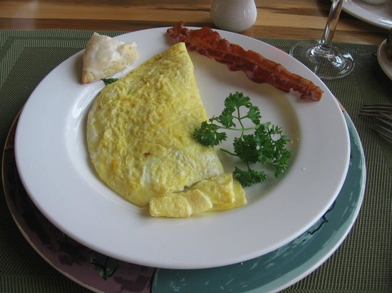 The Lodge on Lake Lure : Delicious breakfast