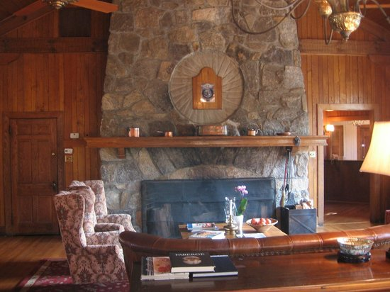 The Lodge on Lake Lure : Main living area in Lodge