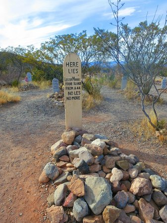 Boothilll Graveyard : Famous grave at Boothill