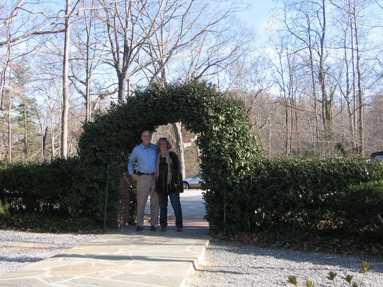 The Lodge on Lake Lure : Entrance to Lodge