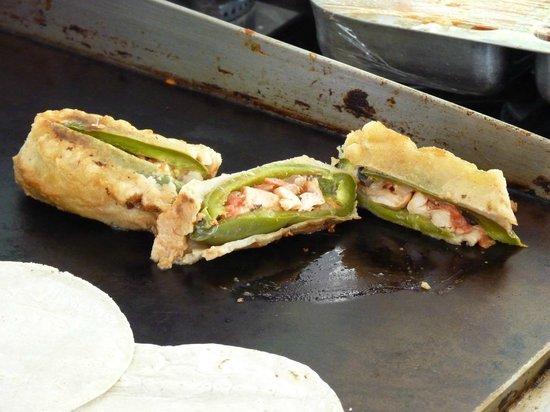 Mariscos Cisneros: Shrimp stuffed jalapenos