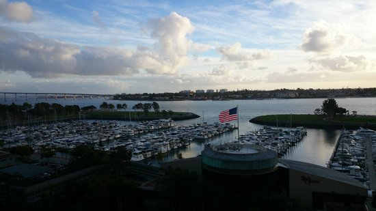 Marriott Marquis San Diego Marina: Bay View from the terrace.
