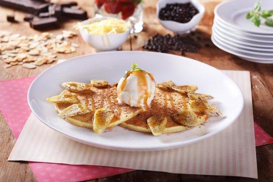 B'Steak Grill and Pancake: Banana Rhumba Pancake