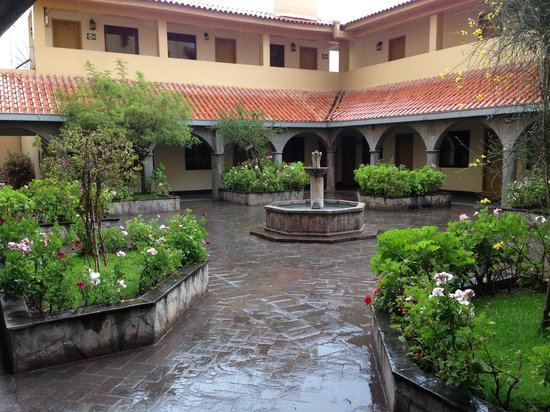 Hotel Jose Antonio Cusco: Courtyard