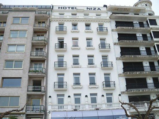 Hotel Niza: Fachada trasera