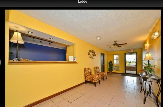 Americas Best Value Inn - Decatur : Lobby