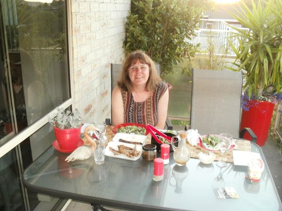 Riverview B & B Taupo : lovely breakfast with lovely views
