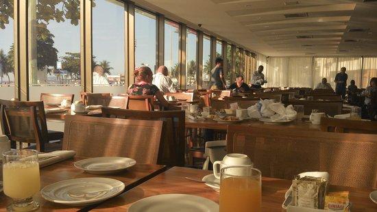 Arena Copacabana Hotel: Café da manhã