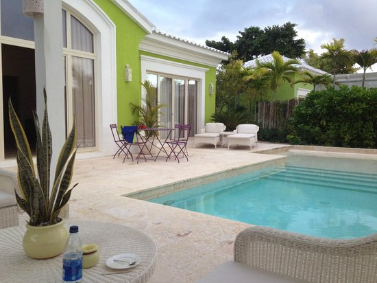 Eden Roc at Cap Cana: PAtio e piscina della family Suite