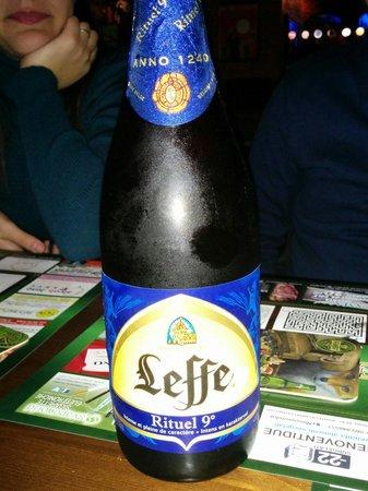 Demetra Pub: Una delle tante birre belga che si possono assaggiare