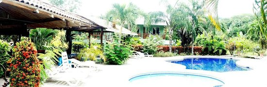 Frank's Place: Pool & Rancho Area