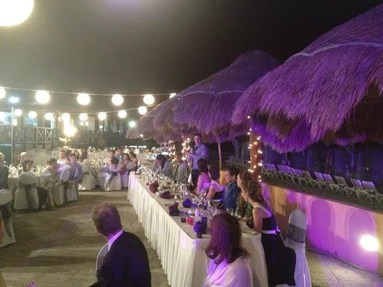 Now Shire Riviera Cancun Wedding Reception On The Beach Terrace They Did A Phenomenal