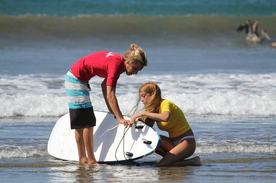Beach Break Surf Camp and Hotel Playa Venao: Surf Lessons