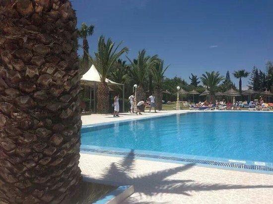 Golf Residence Hotel: Outside pool