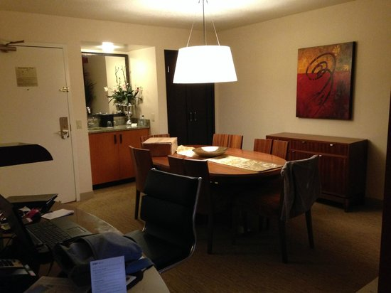 The Paramount Hotel: Large dining area with wet bar.
