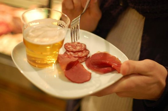 FoodTours.eu Stockholm: Taste at the market