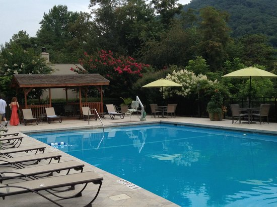 Holiday Inn Asheville - Biltmore East: oversized pool with lush landscape and amazing views