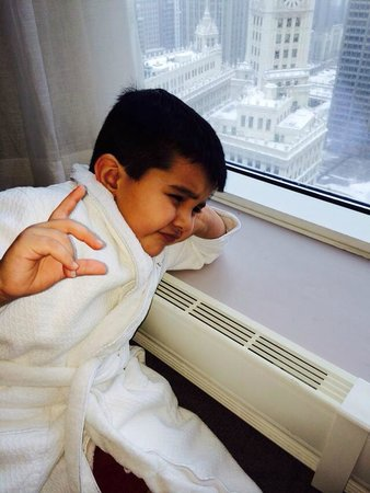 Trump International Hotel & Tower Chicago: Cute Robes for Children