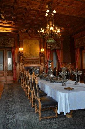 Château de Chapultepec : Original pieces in fine decor