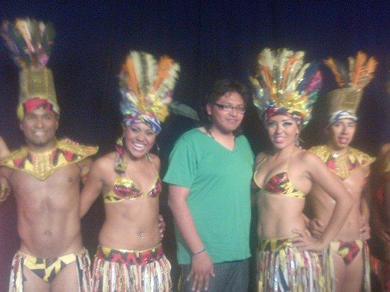 Decameron Los Cocos : muy guapas las vailarinas
