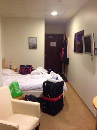 Hotel Cabin: room 627