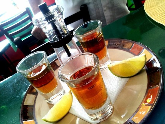 Armando's Mexican Cuisine : Shot!