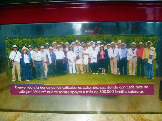 Juan Valdez: un omaggio ai 500.000 addetti che lavorano nell'industria del caffè nazionale