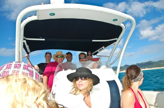 Robinson Speed Boat Tours: Enjoying great music while cruising around St. Maarten with Captain Mike