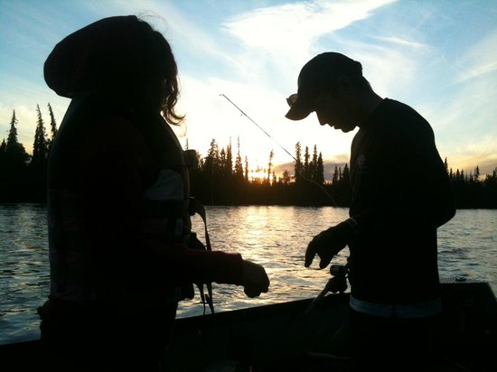 Alaskan Fishing Adventures : beautiful day on the water