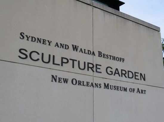 The Sydney and Walda Besthoff Sculpture Garden at NOMA : Entrance