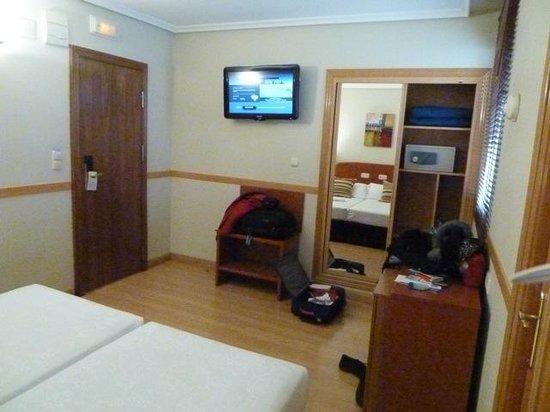 Hotel Regina: Standard Room 424
