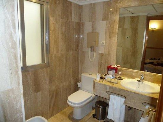 Hotel Regina : Bathroom Room 424