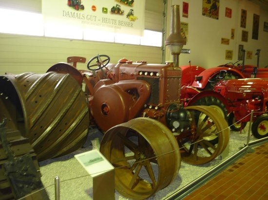 ‪German Tractor and Model Car Museum‬