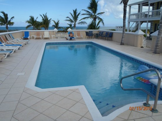 Aquamarine Beach Houses: Pool