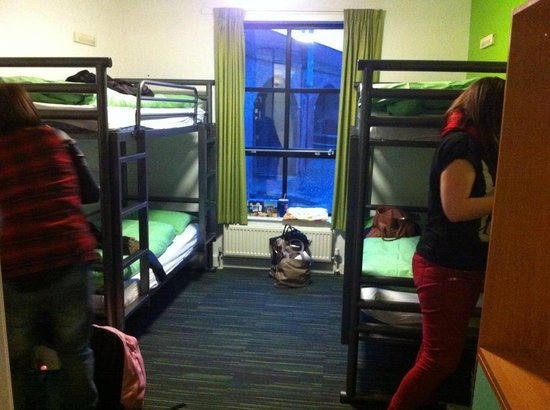 YHA Manchester: private en suite room