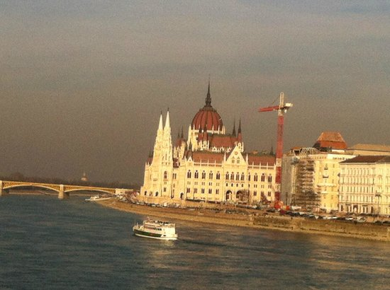 Boutique Hotel Victoria Budapest: view from the room