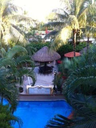 Aventura Mexicana : Beautiful Courtyard area