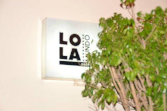 Lola Mundo