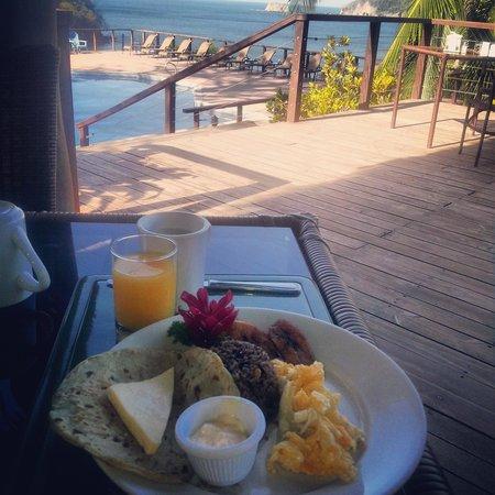 Hotel Guanamar: restaurante, desayuno tipico, hermosa la vista