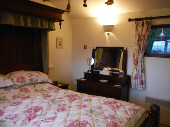 Fern Cottage Bed & Breakfast: our beautiful room