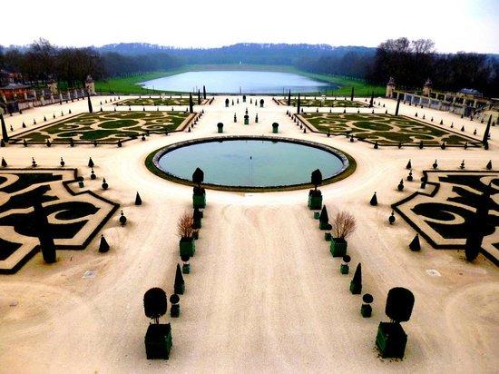 Palacio de Versalles: Jardim do Palácio de Versalhes - França - Abril/2013 - Foto Sayuri Murakami.