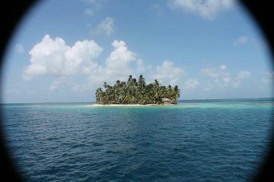 Sailing Blue Sky: San Blas