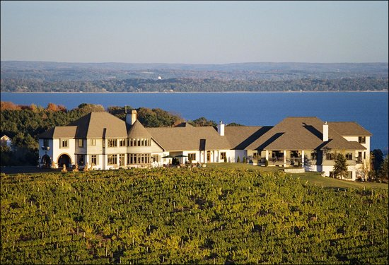 Chateau Chantal Winery and Inn: Chateau Chantal Winery & Inn on Old Mission Peninsula