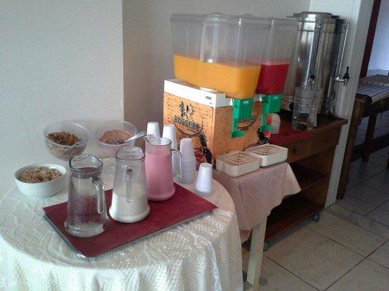 Bouleavard Canasvieiras Hotel : Bebidas do café