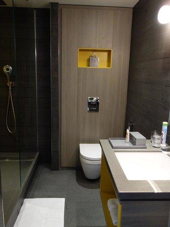 Pullman London St Pancras Hotel : Salle de bains 1