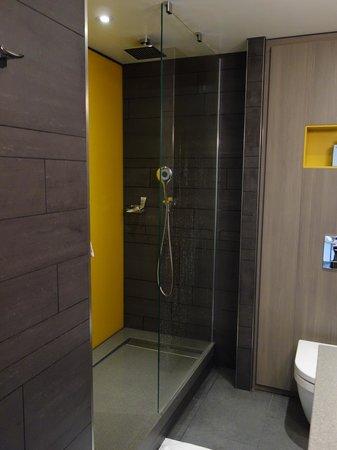 Pullman London St Pancras Hotel : Salle de bains 2