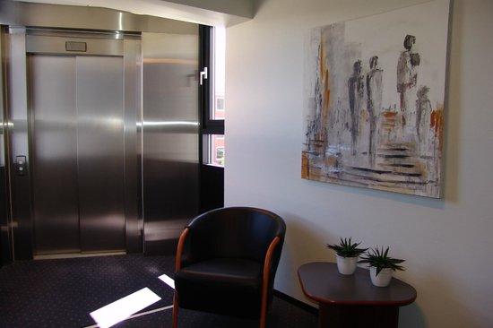 Hotel Frederikshavn - Soemandshjemmet: Elevator and easy acces