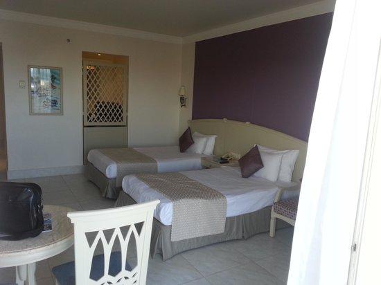 Concorde El Salam Front Hotel: deluxe double room 4204