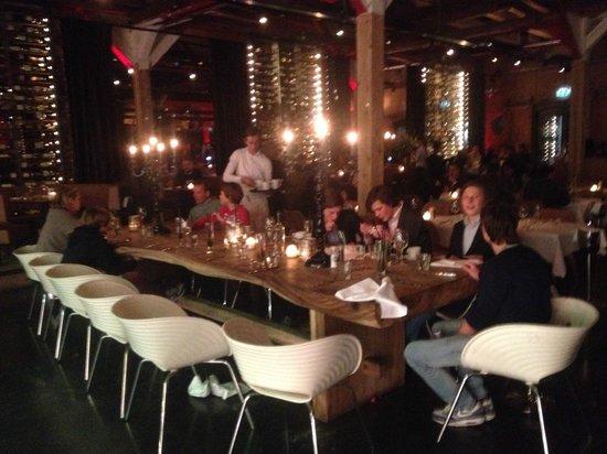 The Harbour Club: Restaurant Area
