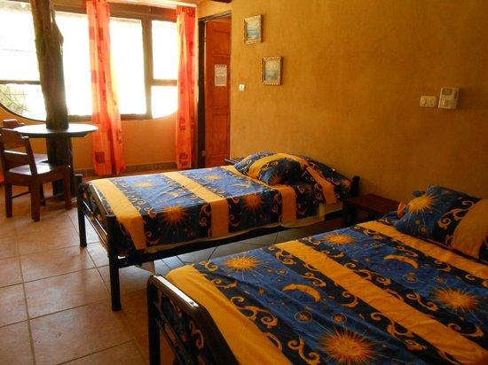 El Dorado Hostel : Room with 2 beds